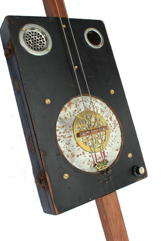 Photo of Two-String Resonator Bass
